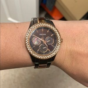 Brown and rose gold fossil watch - 11 links